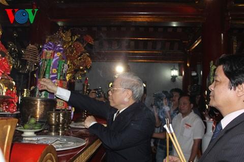 Генсек ЦК КПВ Нгуен Фу Чонг посетил провинцию Футхо - ảnh 1