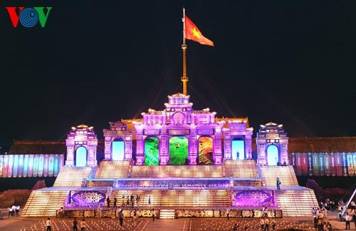 Открытие фестиваля Хюэ-2014 - ảnh 1