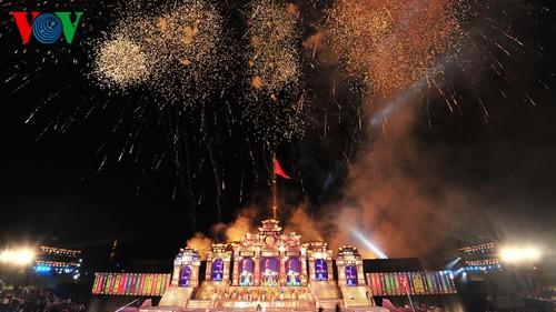 Открытие фестиваля Хюэ-2014 - ảnh 15