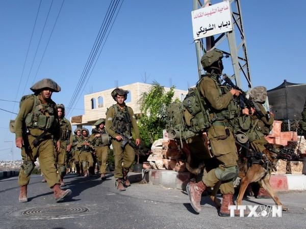 Израиль усилил военное присутствие на границе с сектором Газа - ảnh 1