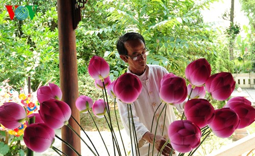 Деревня по изготовлению бумажных цветов в Хюэ - ảnh 7