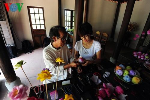 Деревня по изготовлению бумажных цветов в Хюэ - ảnh 14