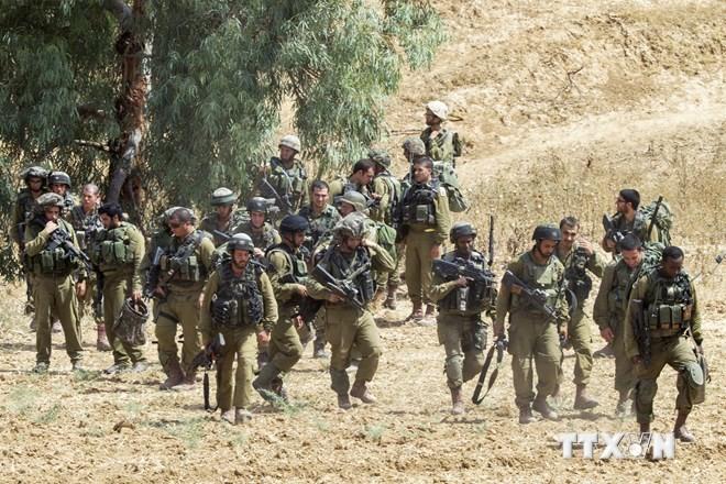 Израиль провел первую наземную операцию в секторе Газа - ảnh 1
