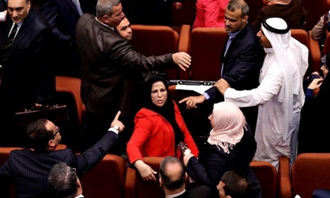 Иракский парламент вновь отложил формирование правительства - ảnh 1