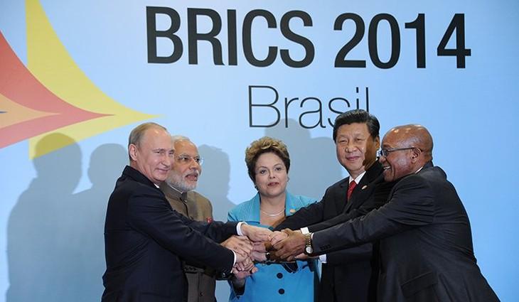 Страны БРИКС создали совместный банк развития - ảnh 1