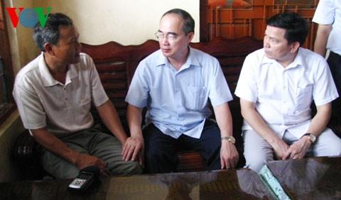 Глава ОФВ Нгуен Тхиен Нян посетил островной уезд Лишон провинции Куангнай - ảnh 2