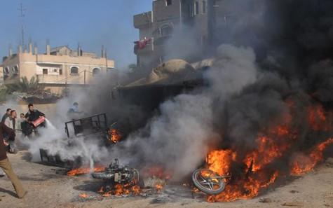 Множество палестинцев получили ранения в результате обстрела Израилем сектора Газа - ảnh 1