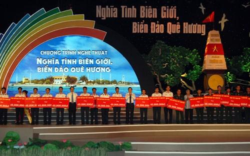 В провинции Донгтхап состоялась программа «Любовь к границе, морю и островам Родины» - ảnh 1