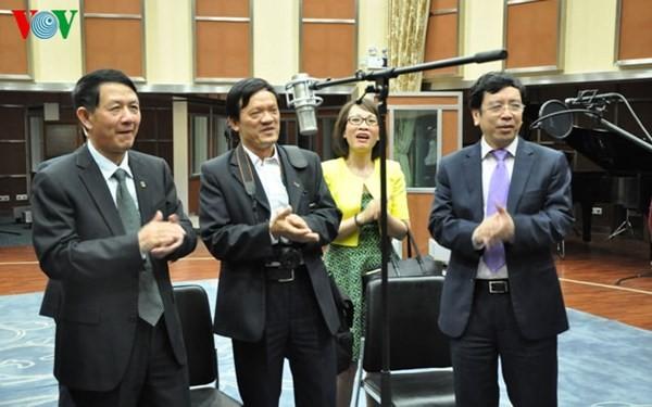 Голос Вьетнама активизирует сотрудничество с радио- и телестанцией китайской провинции Юньнань - ảnh 1