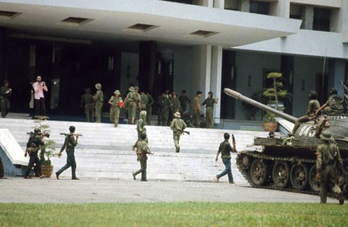 Вьетнамская война под углом зрения американцев - ảnh 2