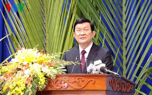 Президент СРВ принял участие в праздновании Дня воссоединения страны в Лонгане - ảnh 1