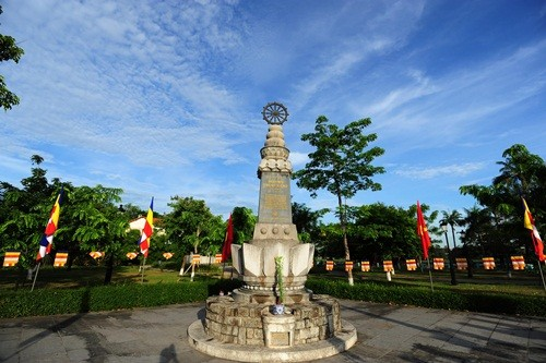 Великий буддийский праздник в Хюэ - ảnh 9