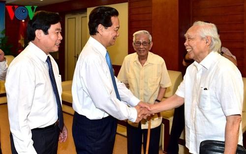 Нгуен Тан Зунг: Вьетнамская пресса развивается и вносит активный вклад в развитие страны - ảnh 2