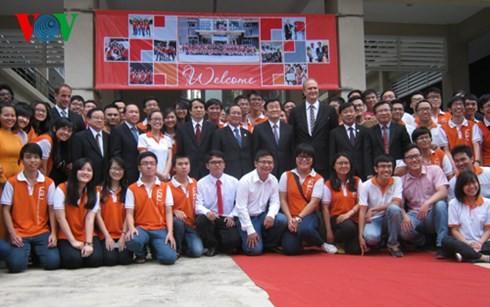 Президент СРВ Чыонг Тан Шанг посетил Вьетнамо-германский университет - ảnh 1