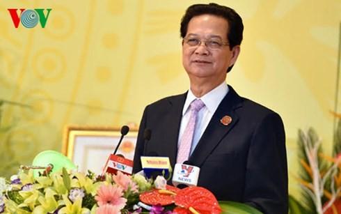Руководители Вьетнама приняли участие в съездах парткомов провинций и городов страны - ảnh 3