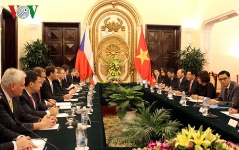 Вьетнам и Чехия придают важное значение традиционной дружбе и многостороннему сотрудничеству - ảnh 1