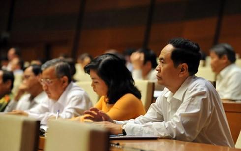 В Ханое началась вторая неделя работы 10-й сессии вьетнамского парламента - ảnh 1