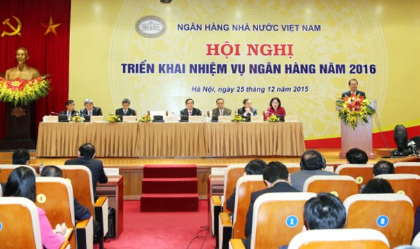 Во Вьетнаме подведены итоги работы банковского сектора страны за 2015 г. - ảnh 1