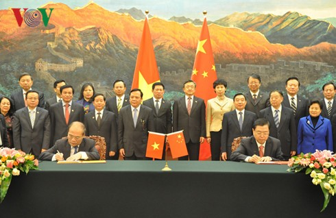 Спикер парламента Вьетнама Нгуен Шинь Хунг завершил визит в Китай - ảnh 1