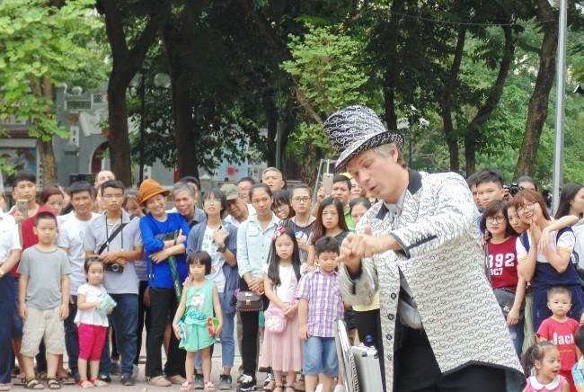 Русское искусство в пешеходном пространстве Ханоя - ảnh 2