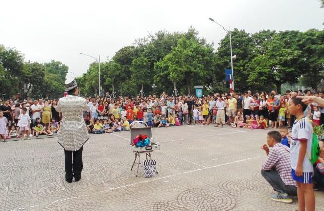 Русское искусство в пешеходном пространстве Ханоя - ảnh 3