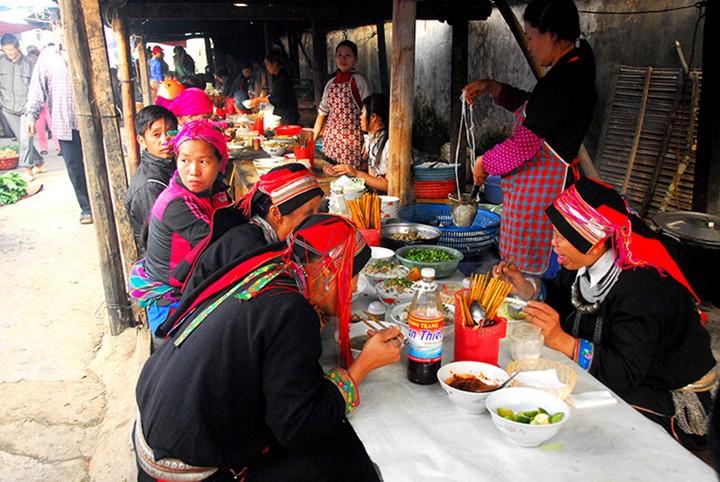 Местечко Донгван в красивейший сезон года - ảnh 9