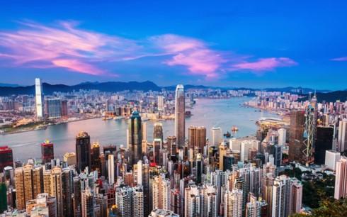 Нгуен Суан Фук направил поздравления по случаю 20-летия возвращения Гонконга в Китай - ảnh 1