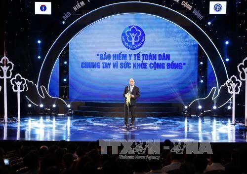 Вьетнам стремится к тому, чтобы к 2020 году 90% жителей страны участвовали в медицинском страховании - ảnh 1