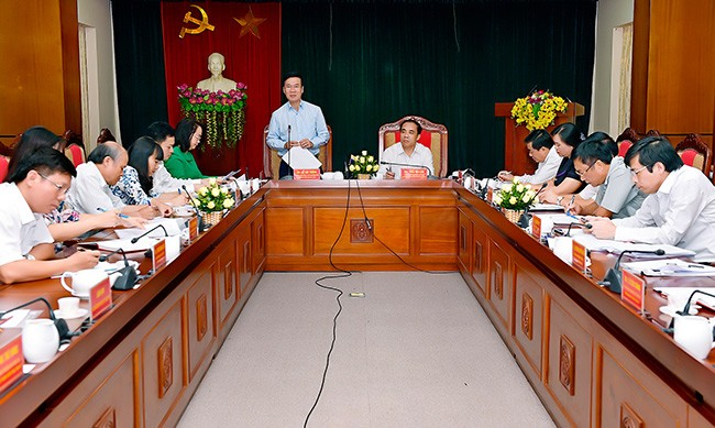 Во Ван Тхыонг провёл рабочую встречу с руководством провинции Туенкуанг - ảnh 1