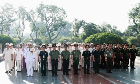 Во Вьетнаме названы лучшие работники профсоюзов вооружённых сил страны - ảnh 1