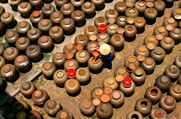 Промысел по приготовлению соевого соуса в деревни Кыда - ảnh 1
