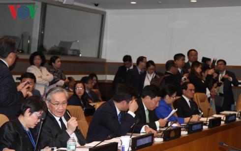 Главы МИД стран АСЕАН обсудили международные и региональные вопросы на полях сессии ГА ООН - ảnh 1