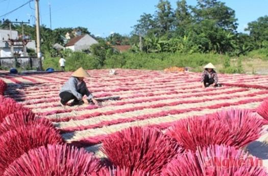 Деревни по изготовлению благовоний в уезде Куитяу провинции Нгеан - ảnh 2