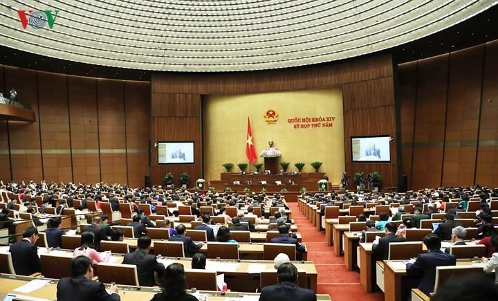 Экономика Вьетнама продолжает стабильно и устойчиво развиваться - ảnh 1