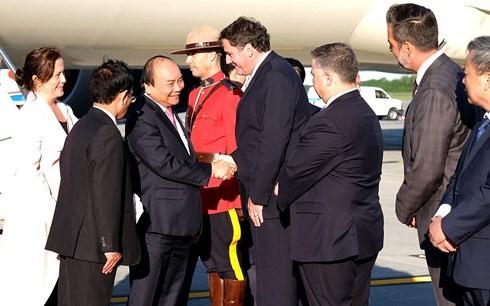 Премьер Вьетнама начал участие в расширенном саммите «Большой семёрки» - ảnh 1