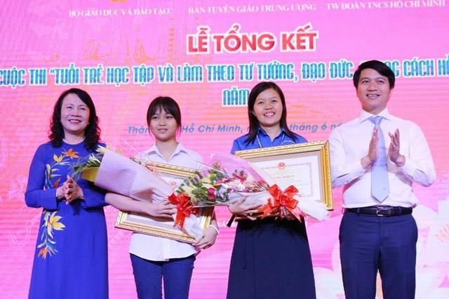 Во Вьетнаме наградили победителей конкурса «Молодёжь учится и работает по примеру Хо Ши Мина» - ảnh 1