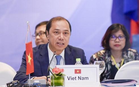 Вьетнам принял участие в 33-м форуме АСЕАН-Япония - ảnh 1