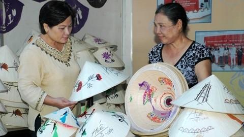 Провинция Тхыатхиен-Хюэ развивает туризм в сельских районах - ảnh 3