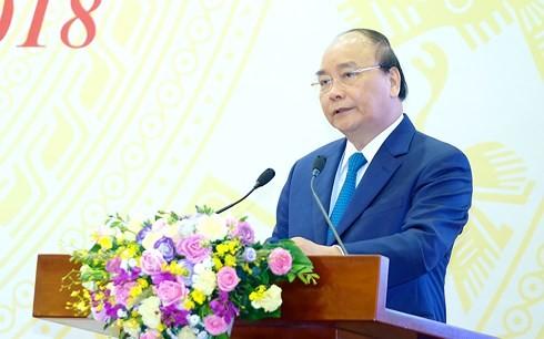 За прошедшие 6 месяцев в социально-экономическом положении Вьетнама наблюдались позитивные сдвиги - ảnh 1
