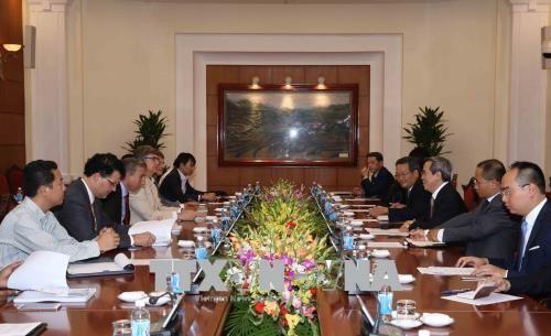 Нгуен Ван Бинь принял делегацию Союза вьетнамских бизнес-форумов - ảnh 1