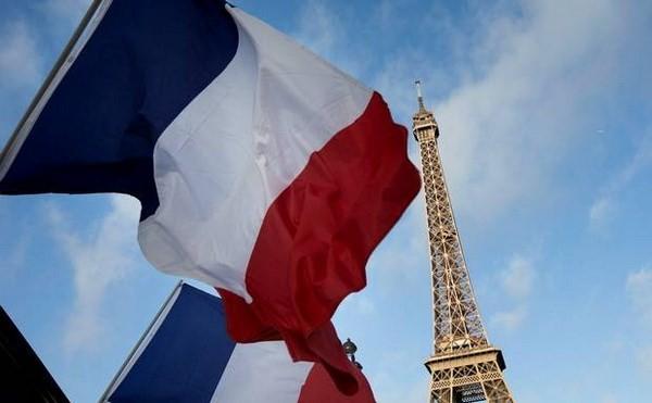 Руководители Вьетнама поздравили французских коллег с Днём взятия Бастилии - ảnh 1