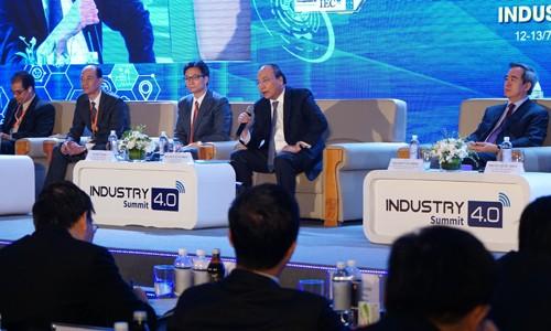 Нгуен Суан Фук принял участие в форуме и международной выставке, посвящённой Индустрии 4.0 - ảnh 2