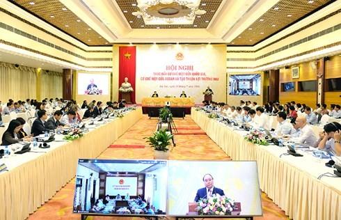 Премьер СРВ провел конференцию по продвижению механизмов «Одно окно» Вьетнама и АСЕАН - ảnh 2