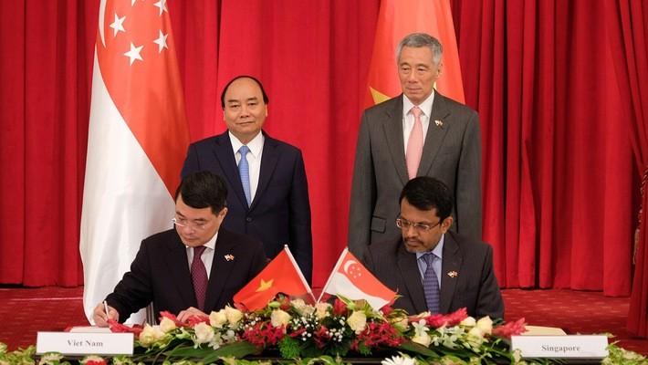 Вьетнамо-сингапурские отношения: совместное стремление к будущему - ảnh 1