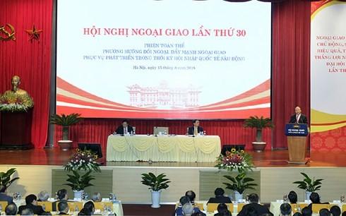 Дипломатия должна проявлять творчество и гибкость для повышения позиций страны - ảnh 2