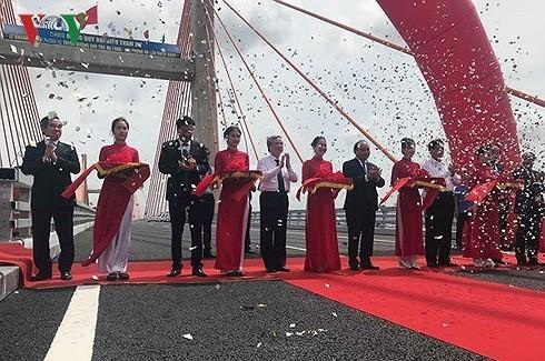 Введена в эксплуатацию скоростная автомагистраль Халонг-Хайфон - ảnh 1