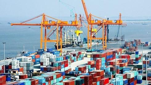 Премьер Вьетнама потребовал предпринять меры по развитию производства и увеличению экспорта - ảnh 1