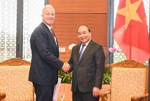Нгуен Суан Фук принял президента Индонезии и президента, гендиректора корпорации «GE Global» - ảnh 2