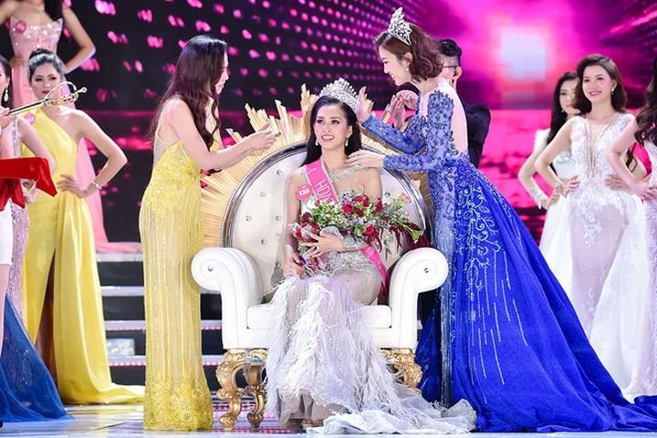 Титул Мисс Вьетнам 2018 завоевала красавица Чан Тиеу Ви из провинции Куангнам - ảnh 1