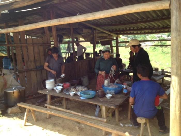 Характерные для горных районов Вьетнама базары в Ханое - ảnh 1